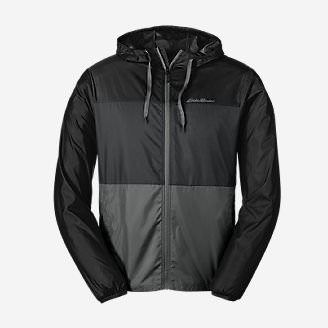 Men's Momentum Light Jacket in Black