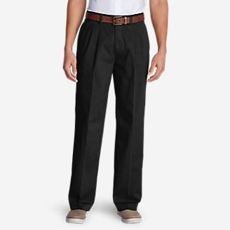 Men's Wrinkle-Free Relaxed Fit Pleated Casual Performance Chino Pants in Black