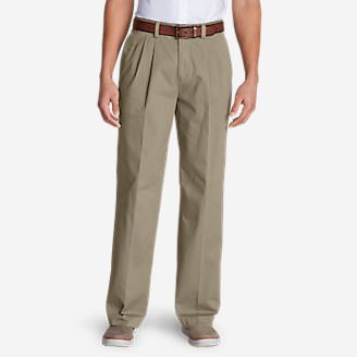 Men's Wrinkle-Free Relaxed Fit Pleated Casual Performance Chino Pants in Beige