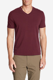 Men's Lookout Short-Sleeve V-Neck T-Shirt in Red