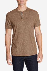 Men's Short-Sleeve Henley Shirt in Brown