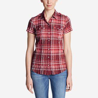 Women's Packable Short-Sleeve Shirt in Red