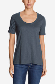 Women's Legend Wash Slub Short-Sleeve Scoop-Neck High-Low Top in Gray
