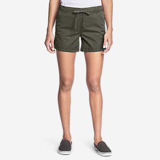 Women's Kick Back 2.0 Pull-On Shorts in Green