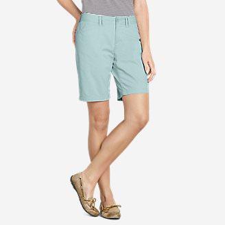 Women's Legend Wash Stretch Shorts - Curvy Fit, 10' in Green
