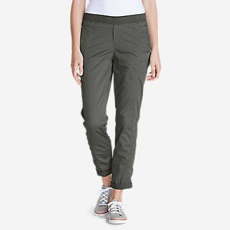Women's Kick Back Twill Pants in Green
