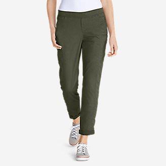 Women's Kick Back Twill Pants in Green