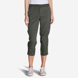 Women's Kick Back Twill Crop Pants in Green