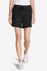 Women's Kick Back Twill Shorts in Black