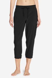 Women's Trail Seeker Crop Cargo Pants in Black