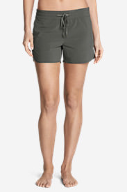 Women's Trail Seeker Shorts in Green