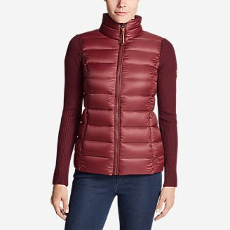 Women's Spruce Hybrid Jacket in Red