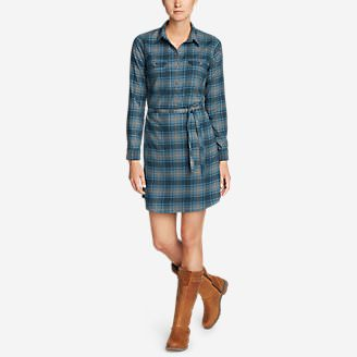 Women's Eddie Bauer Expedition Flex Performance Flannel Shirt Dress in Green