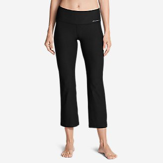 Women's Movement Kick Flare Pants in Black