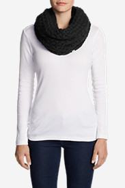 Women's Bellingham Fleece Cowl Scarf in Black