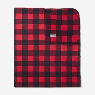 Quest Fleece Throw in Red