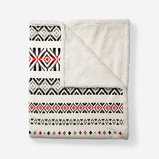 Cabin Fleece Throw in White