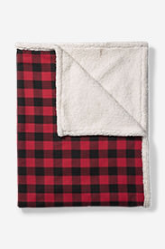 Cabin Flannel Throw in Red