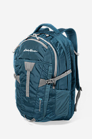 Women's Adventurer® 30L Pack in Green