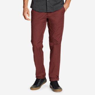 Men's Voyager Flex Chinos - Slim in Brown