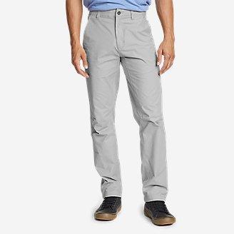 Men's Voyager Flex Chinos - Slim in Gray
