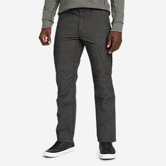 Men's Cairn Cargo Pants in Black