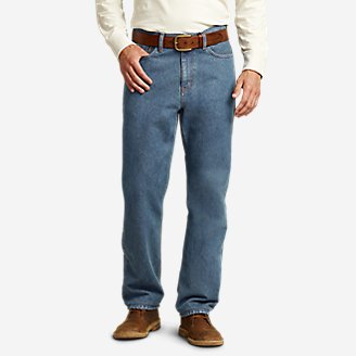 Traditional Fit Essential Jeans in Blue