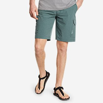 Men's Amphib Cargo Shorts in Green