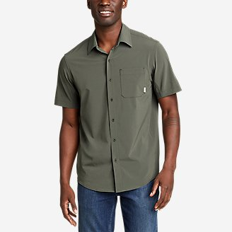 Men's Departure Perforated Short-Sleeve Shirt in Green
