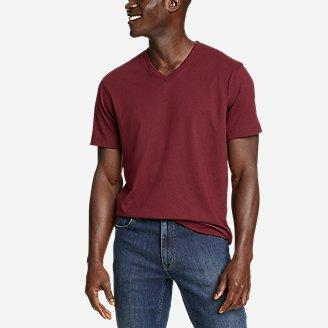 Men's Legend Wash Pro Short-Sleeve V-Neck T-Shirt in Red