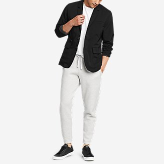 Men's Ultimate Voyager Travel Blazer in Black