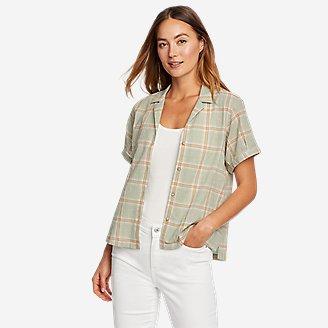 Women's Packable Camp Shirt in Green