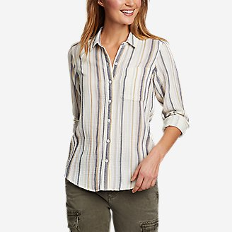 Women's Carry-On Long-Sleeve Button-Down Shirt in Beige