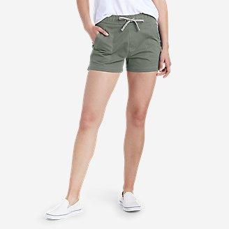 Women's Weekend Shorts in Green
