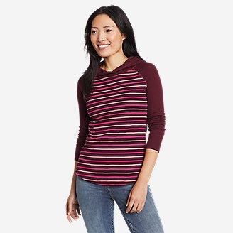 Women's Favorite Shirttail Hem Long-Sleeve Hoodie in Red