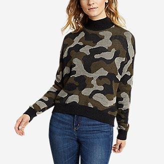 Women's Camo Mock-Neck Pullover in Green