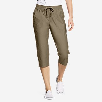 Women's Exploration Utility Crop Pants in Green