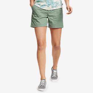 Women's Adventurer Stretch Ripstop Shorts in Green