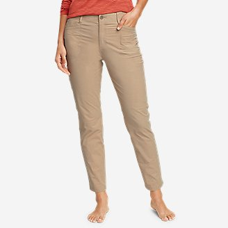 Women's Voyager High-Rise Chino Cargo Pants in White