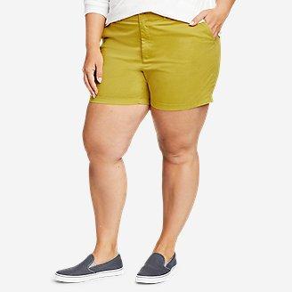 Women's Willit Stretch Legend Wash Shorts - 5' in Green