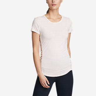 Women's Trail Light Short-Sleeve T-Shirt in Red
