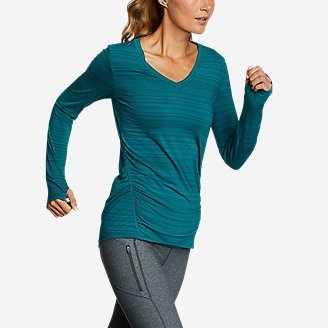 Women's Trail Light Ruched Long-Sleeve V-Neck T-Shirt in Blue