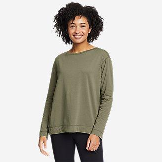 Women's Elevate Long-Sleeve Boat-Neck T-Shirt in Green