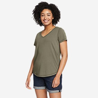 Women's Elevate V-Neck T-Shirt in Green