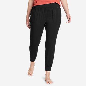Women's Movement Lux Studio Jogger Pants in Black