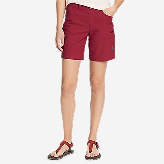 Women's Guide Pro Shorts in Red