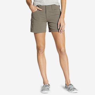 Women's Sightscape Horizon Cargo Shorts in Green