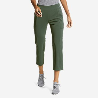 Women's Incline Utility Capris in Green