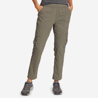 Women's Guide Ripstop Cargo Ankle Pants in Green