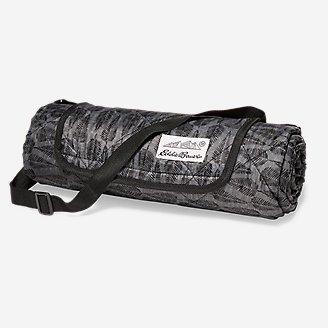 Water-Resistant Outdoor Blanket in Gray